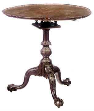 Чайный столик середины XVIII века