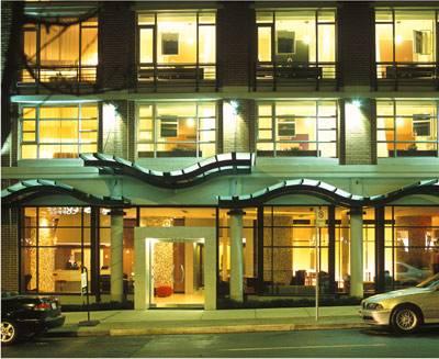 Отель Opus, Ванкувер, Канада