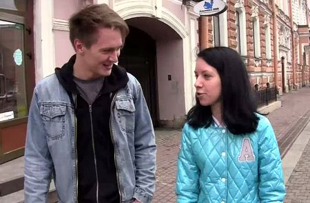 любят ли девушки знакомится на улице